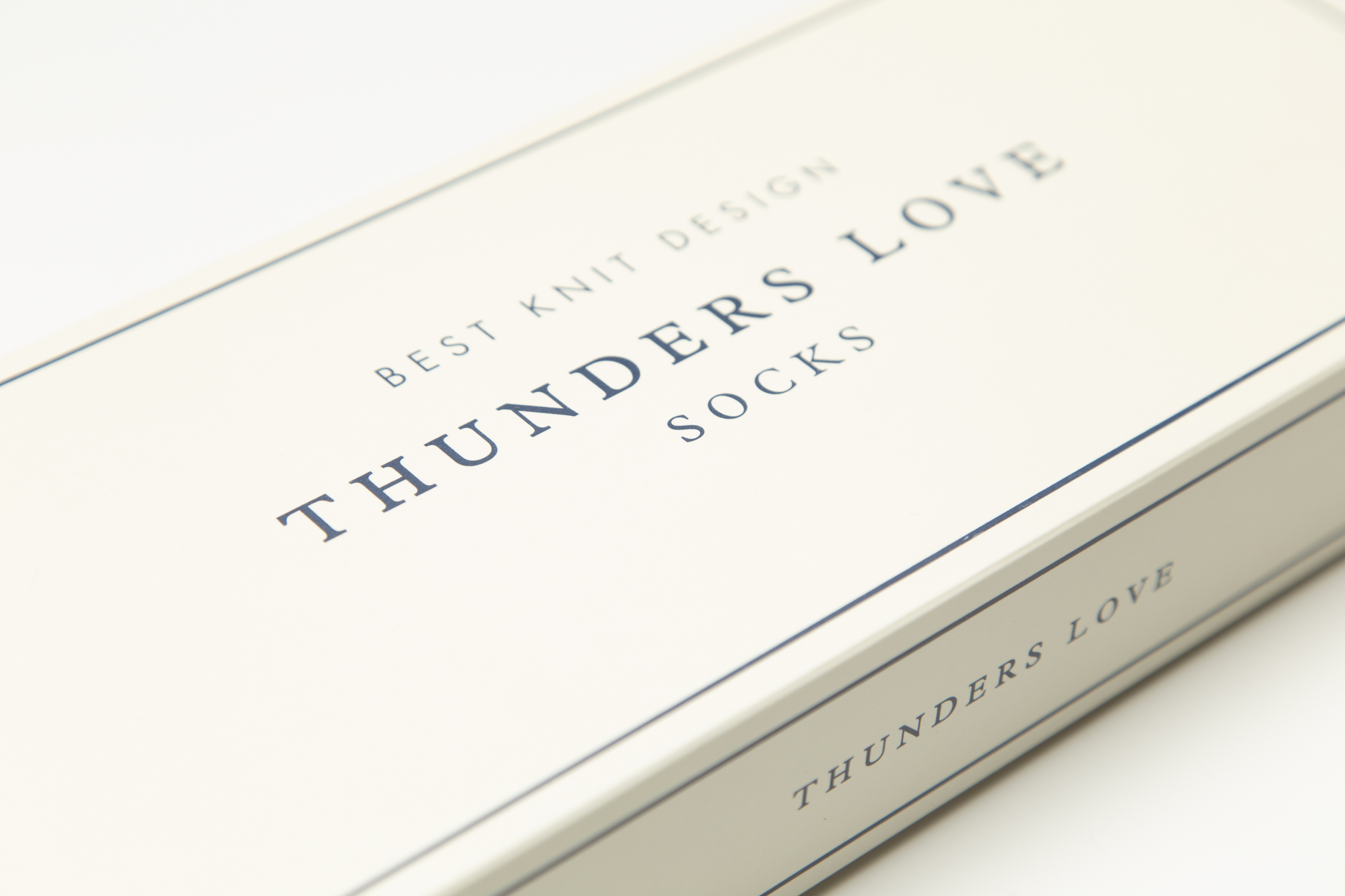 Thunders-Love-Marc-Oortman-3